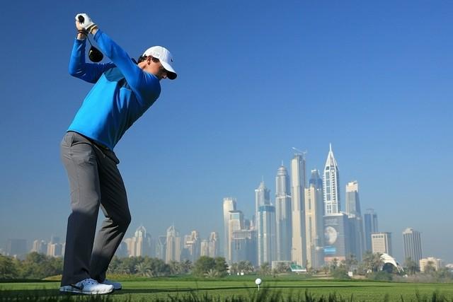 Uniknya Bermain Golf di Dubai