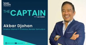 The Captain with Direktur Utama PT Krakatau Bandar Samudera
