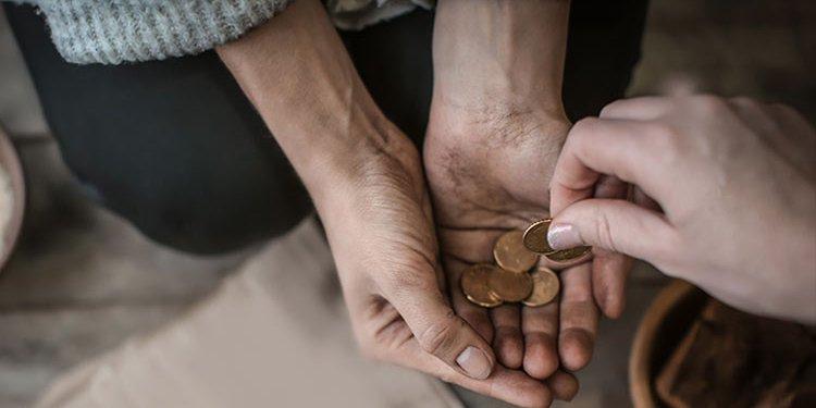 """Ternyata Uang Bisa """"Beli"""" Kebahagiaan"""
